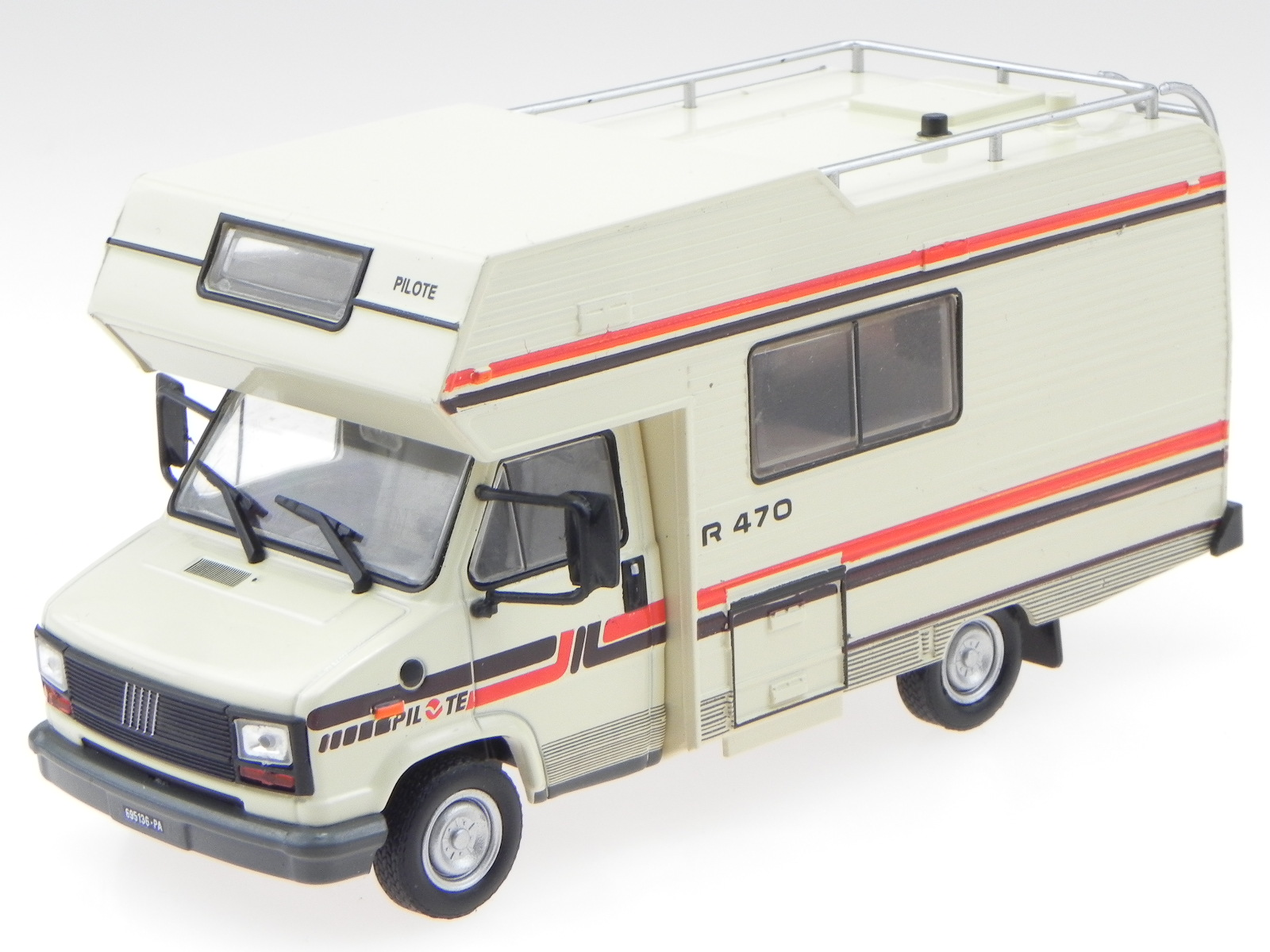 fiat ducato pilote r470 1984 camper wohnmobil modellauto. Black Bedroom Furniture Sets. Home Design Ideas