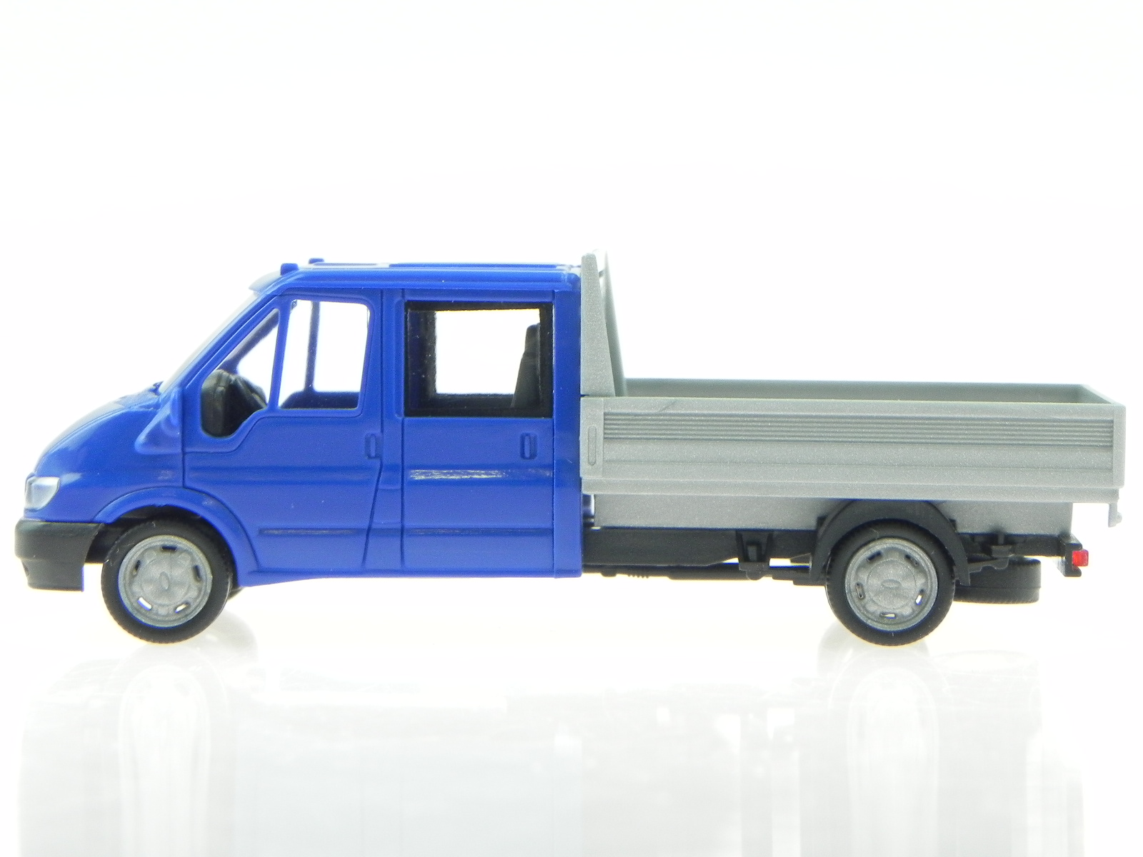 ford transit 2005 doka pickup blue modelcar rietze 1 87. Black Bedroom Furniture Sets. Home Design Ideas