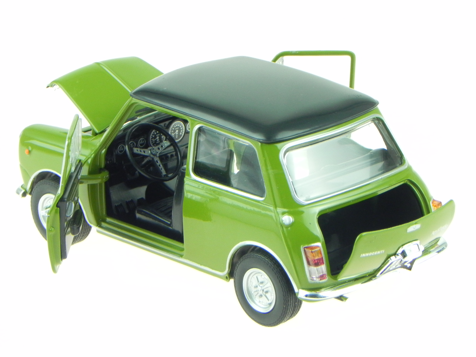 Model Mini Cooper Classic Old MK 3 Green 1972 1:24 Scale Innocenti Leo 1300 Auto, motor: onderdelen, accessoires