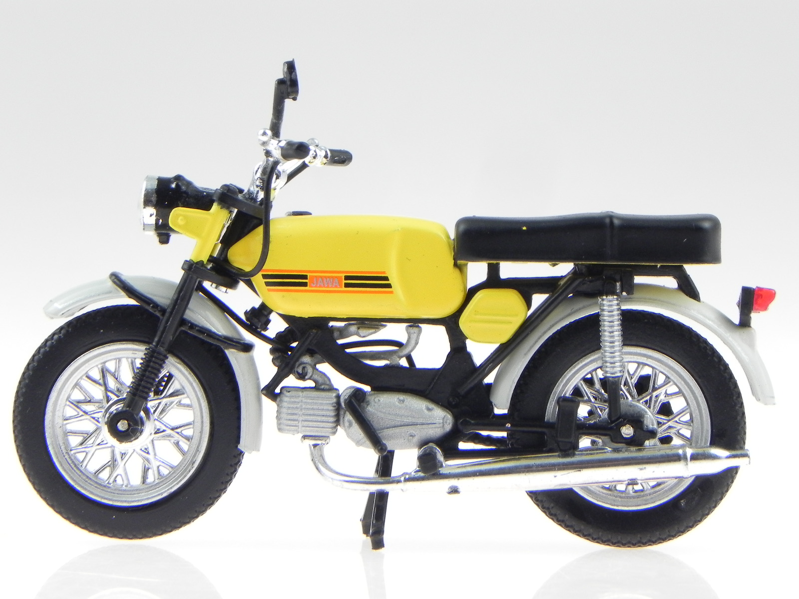 jawa type 23 mustang ddr ostalgie motorrad modell atlas 1. Black Bedroom Furniture Sets. Home Design Ideas