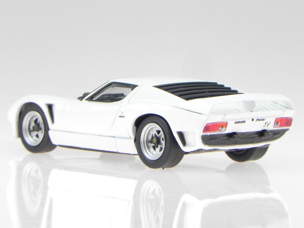 Lamborghini Miura Svj Roadster 1981 White Modelcar Wb509 Whitebox 1