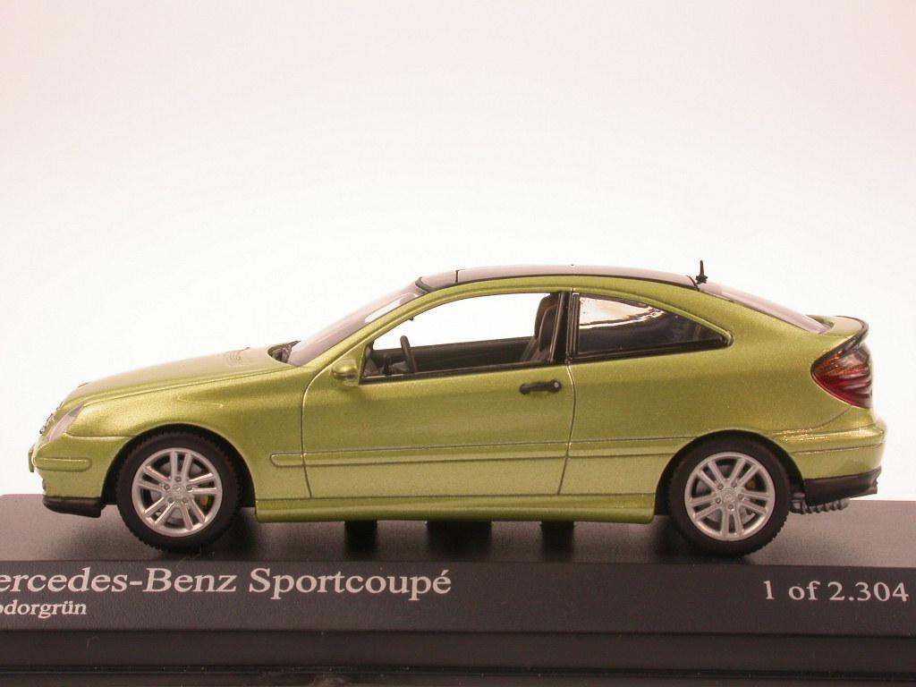 Mercedes-C203-C-Class-Sportcoupe-green-diecast-model-car-Minichamps-1-43 miniature 2