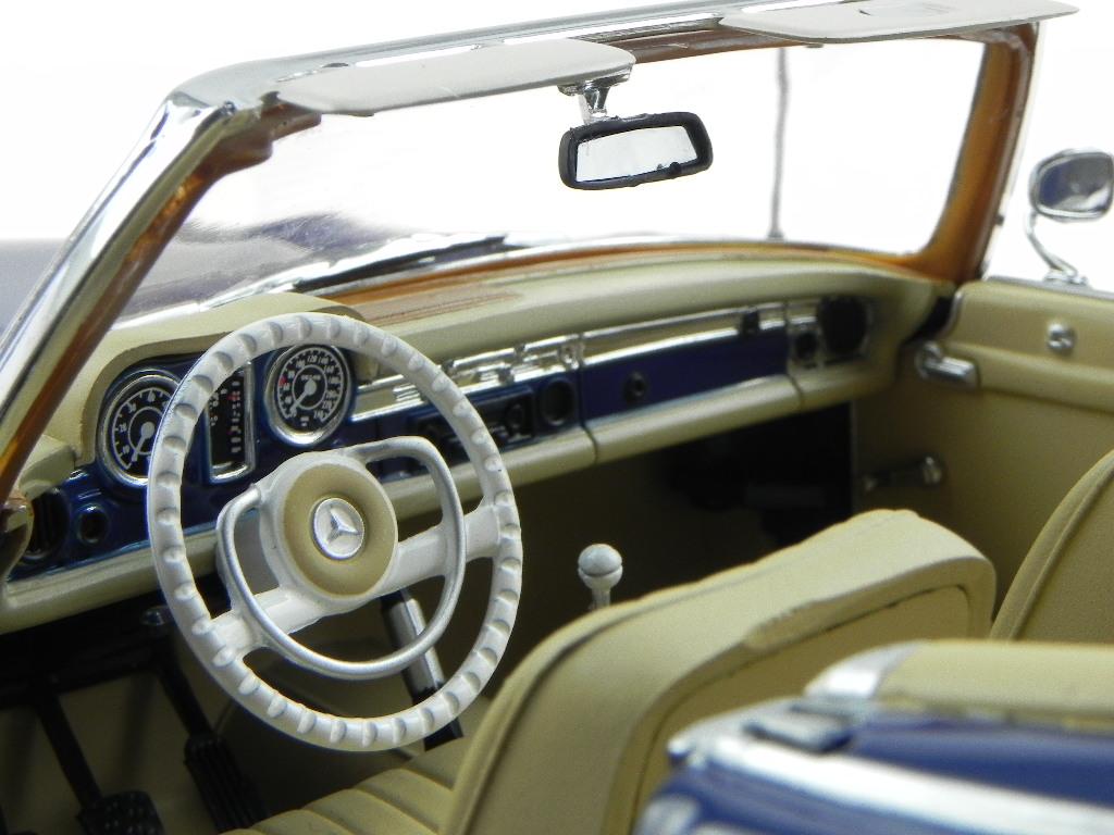Mercedes Mercedes Mercedes W113 230 SL Pagode foncebleu 332 véhicule miniature Norev 1/18 | Une Grande Variété De Marchandises  | Outlet Store En Ligne  | New Style,En Ligne  84f9e2
