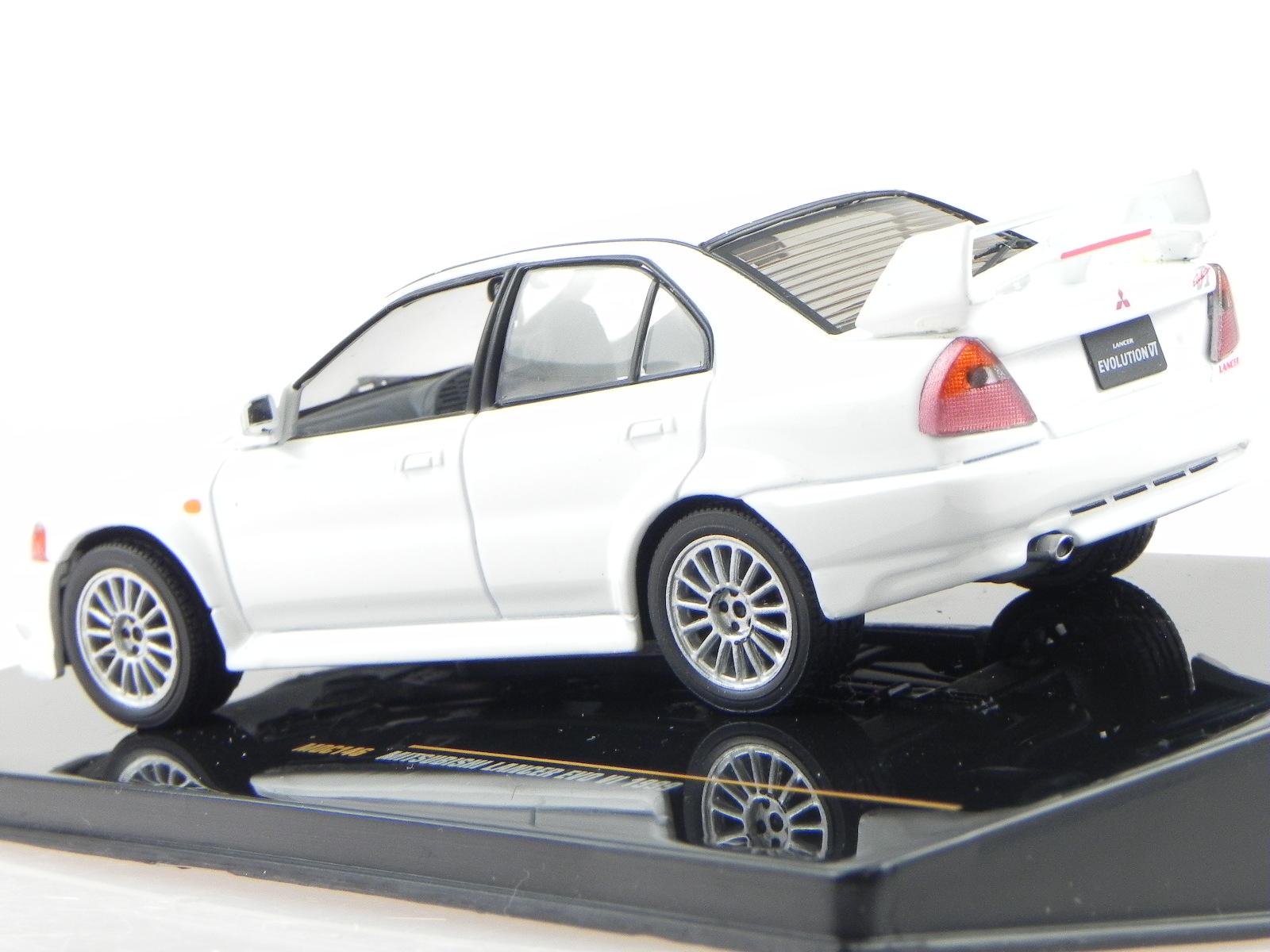 Mitsubishi-Lancer-Evo-11-RS-1999-white-modelcar-MOC146-IXO-1-43