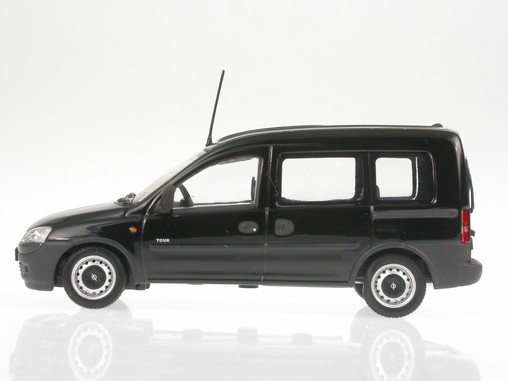 1:43 Minichamps Opel Combo Tour 2002 black