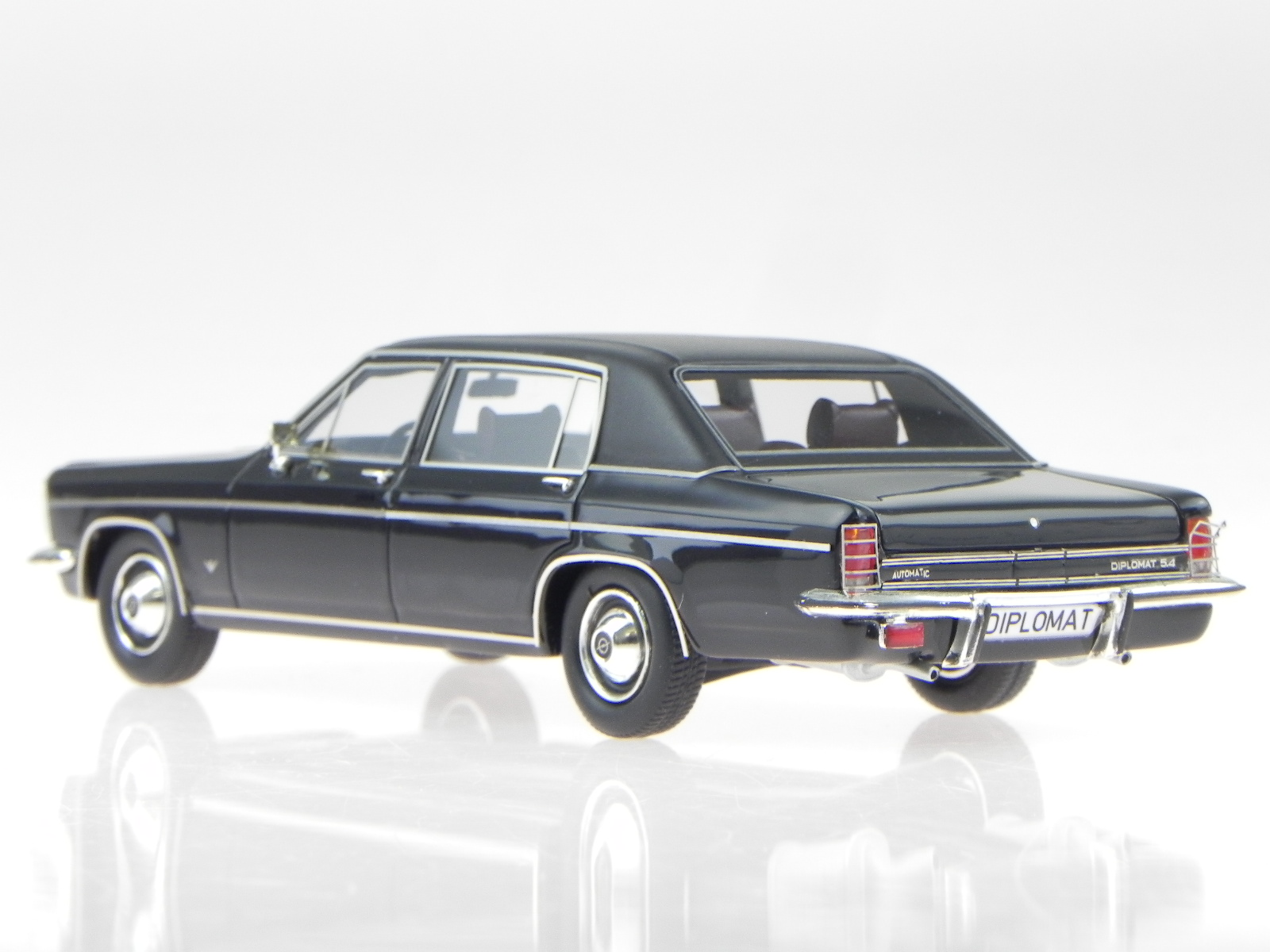 Opel Diplomat B lungo Vogt 1974 1974 1974 nero modellino 11502-061 Matrix 1:43 7aa83c
