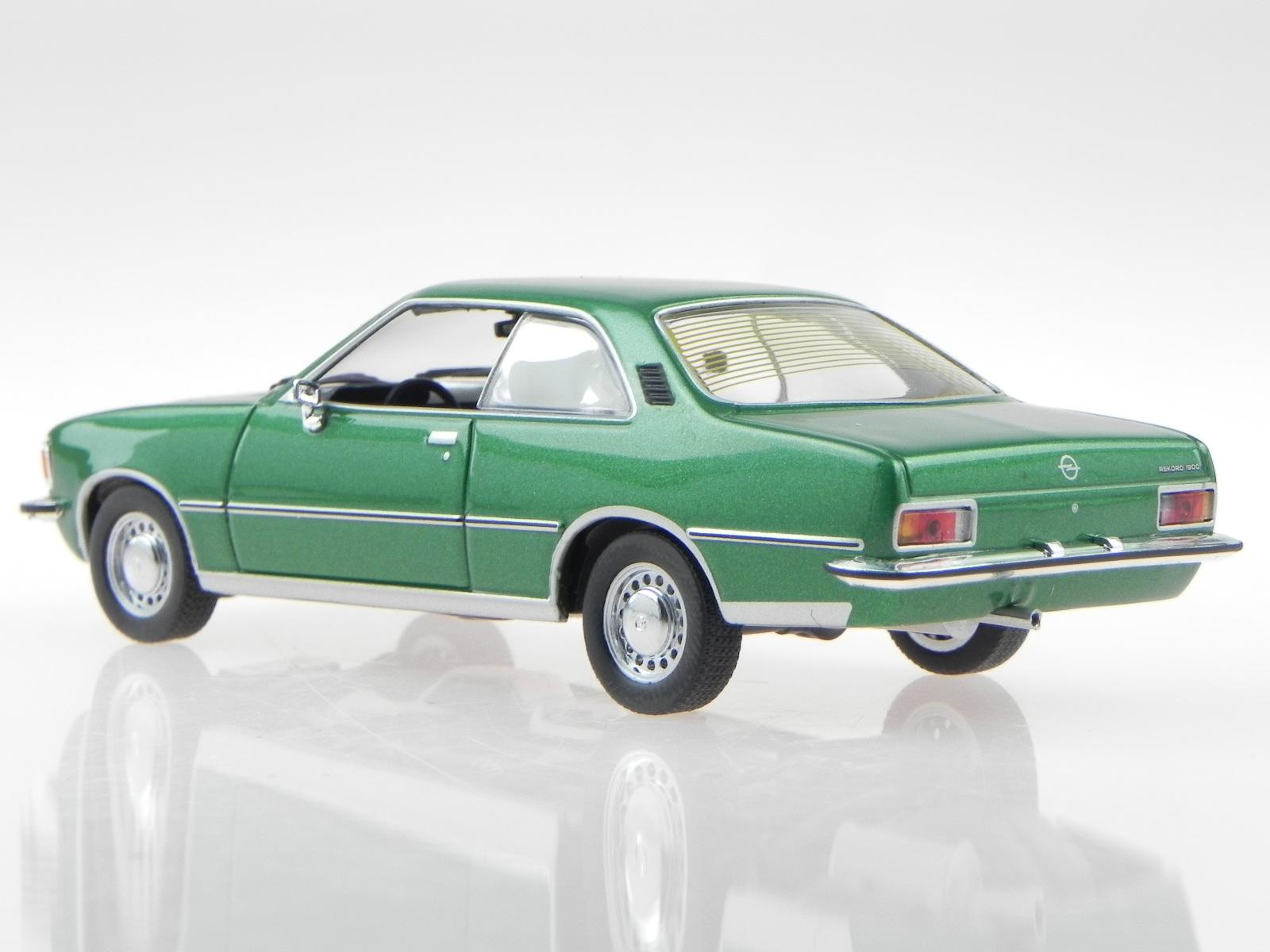 Opel-Rekord-D-cupe-verde-coche-en-miniatura-400044022-Minichamps-1-43 miniatura 3