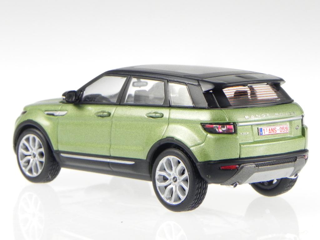 range rover evoque 5-puerta verdemet.-negro coche en miniatura