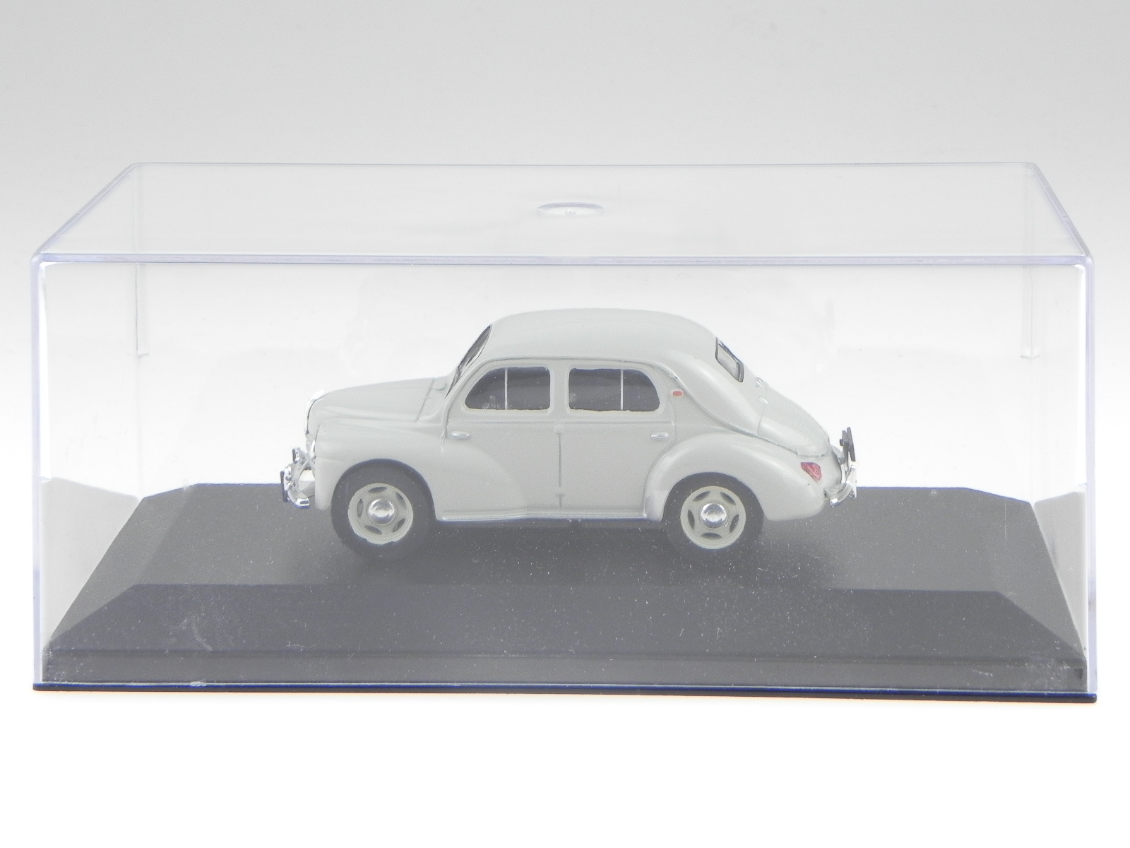 Renault-4CV-4-CV-beisschnittchen-clara-verde-coche-en-miniatura-Atlas-1-43 miniatura 4