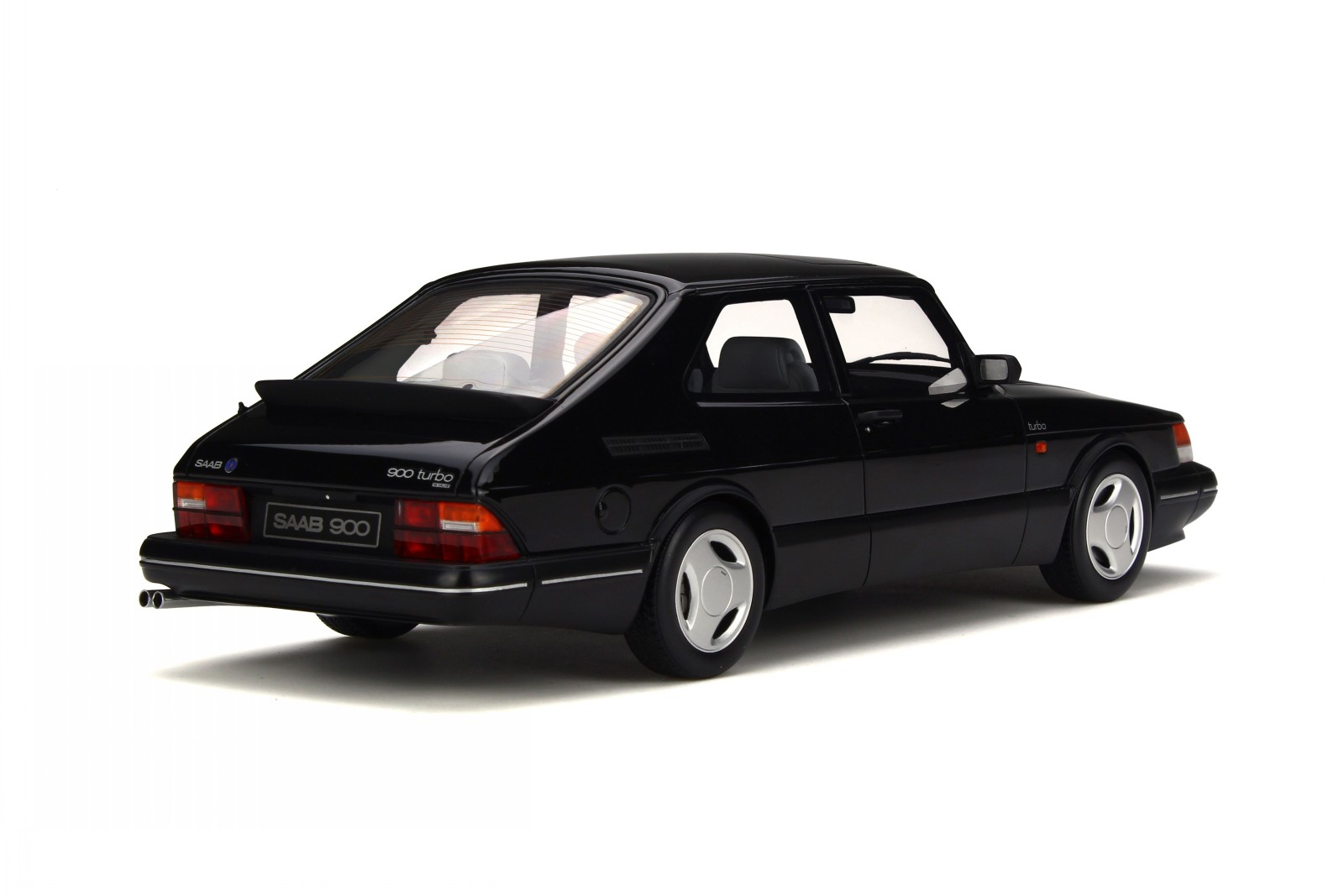 Saab-900-Turbo-Phase-1-black-resin-modelcar-OT678-Otto-1-18 thumbnail 2