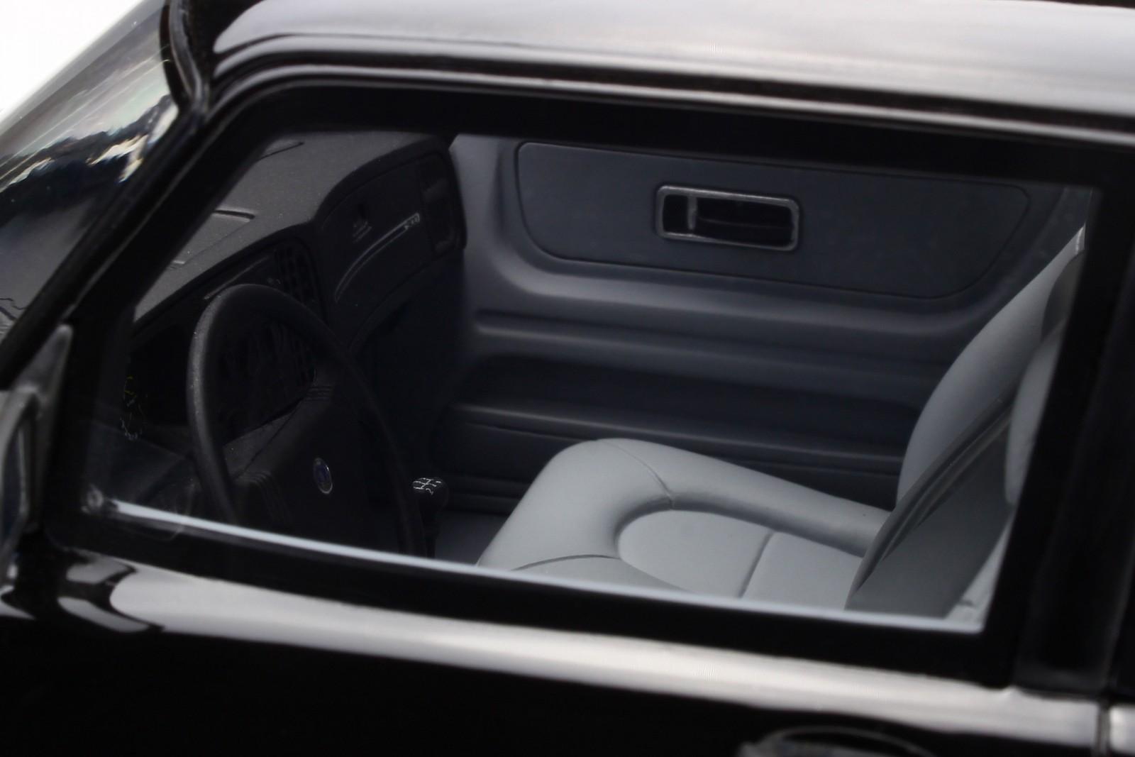 Saab-900-Turbo-Phase-1-black-resin-modelcar-OT678-Otto-1-18 thumbnail 6