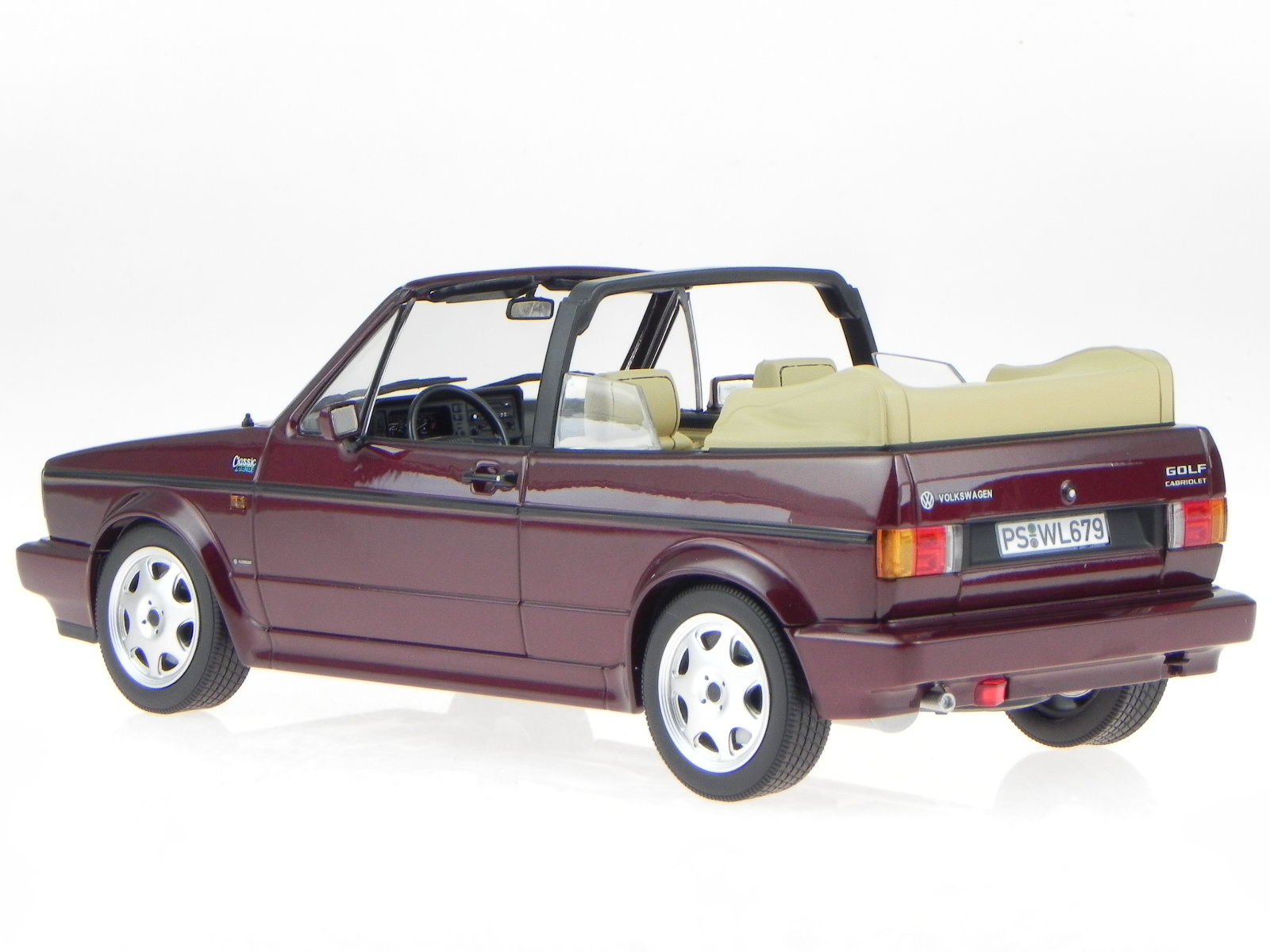 vw golf 1 cabrio classic line 1992 rot modellauto 188403. Black Bedroom Furniture Sets. Home Design Ideas