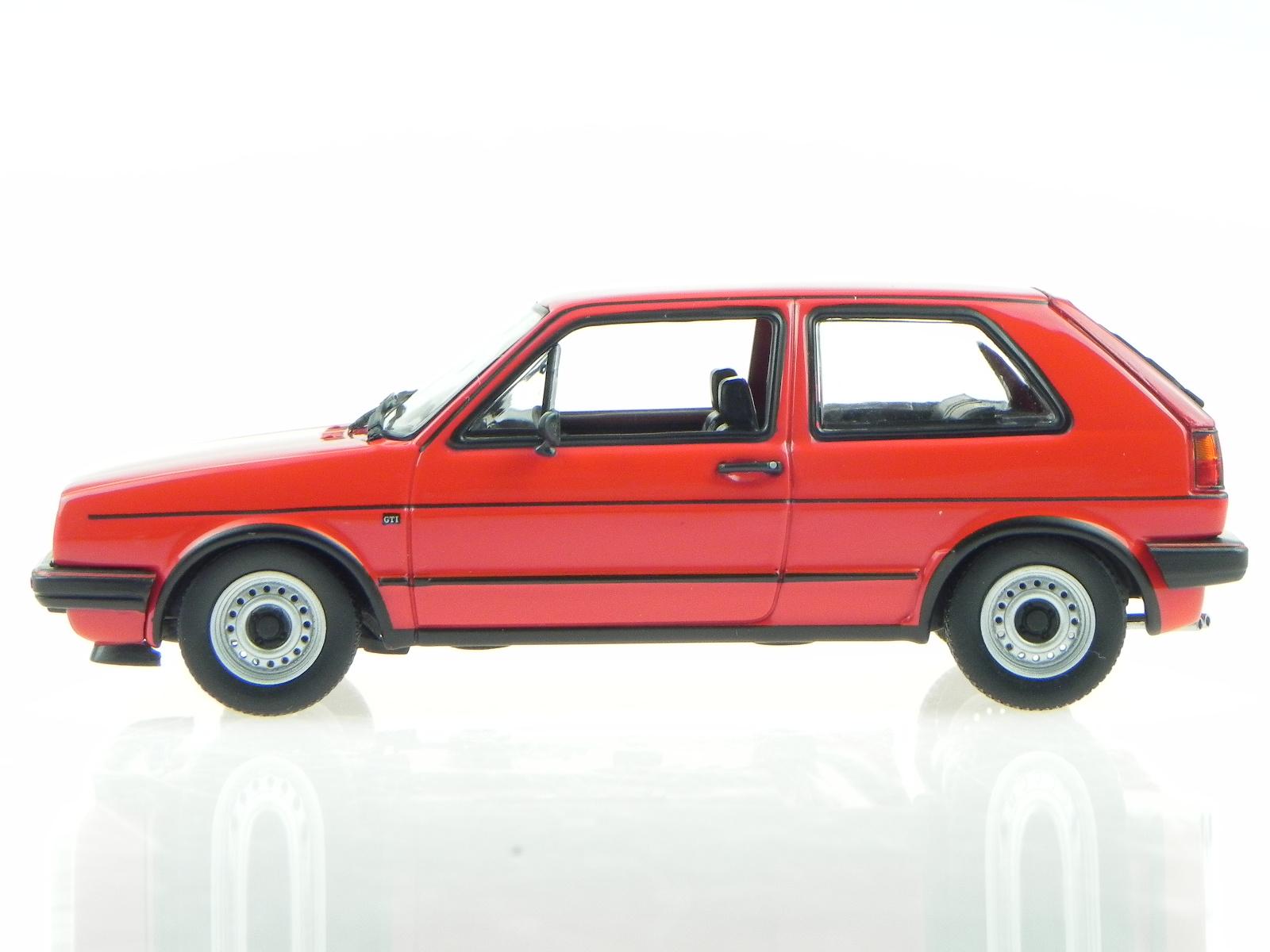 vw golf 2 gti 1985 rot modellauto 940054121 maxichamps 1. Black Bedroom Furniture Sets. Home Design Ideas