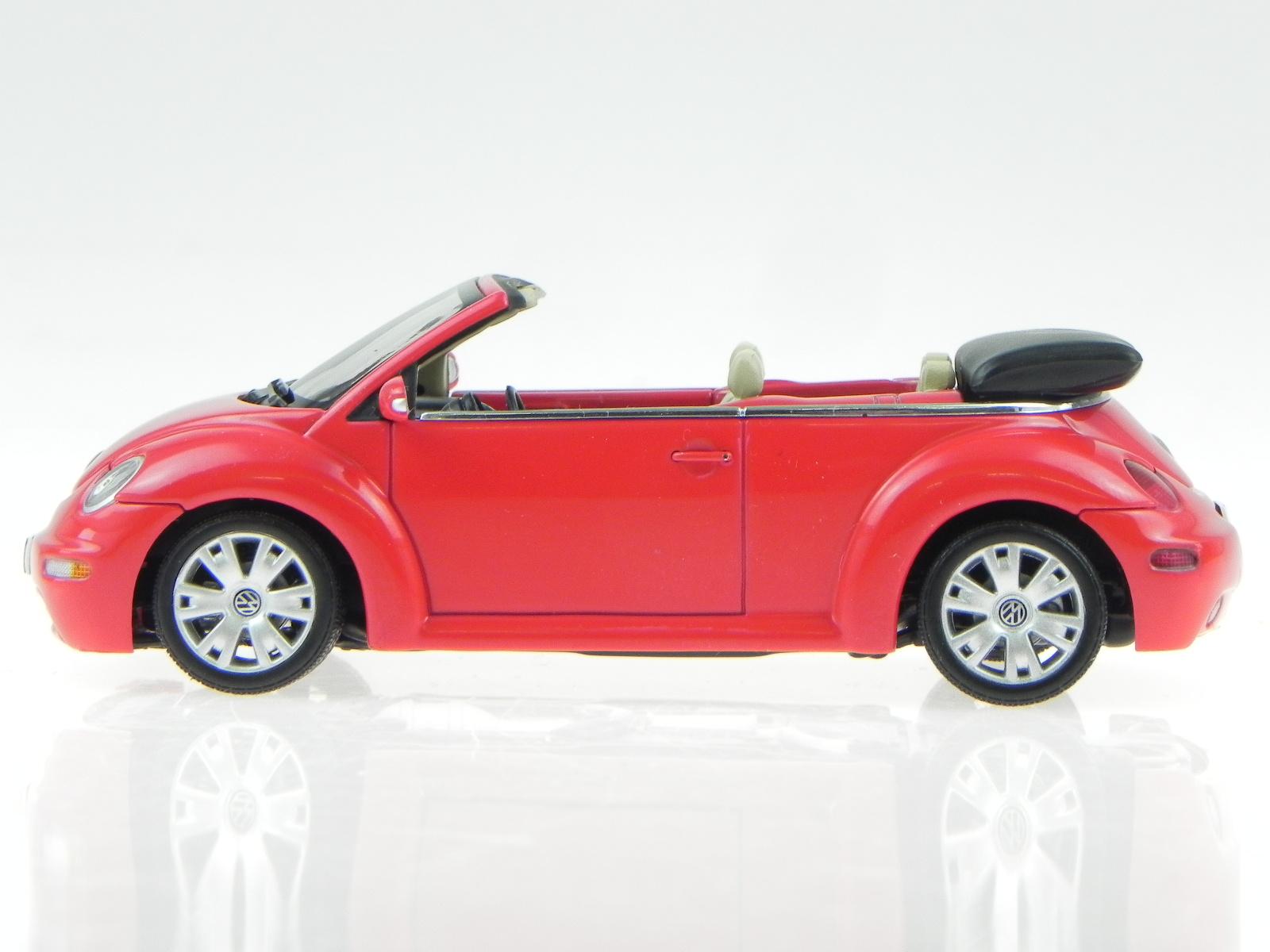 vw new beetle cabrio rot verdeck schwarz modellauto 59757. Black Bedroom Furniture Sets. Home Design Ideas