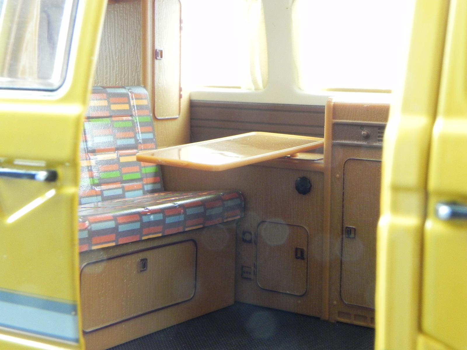 vw t3 joker hochdach camper gelb modellauto 450038500. Black Bedroom Furniture Sets. Home Design Ideas