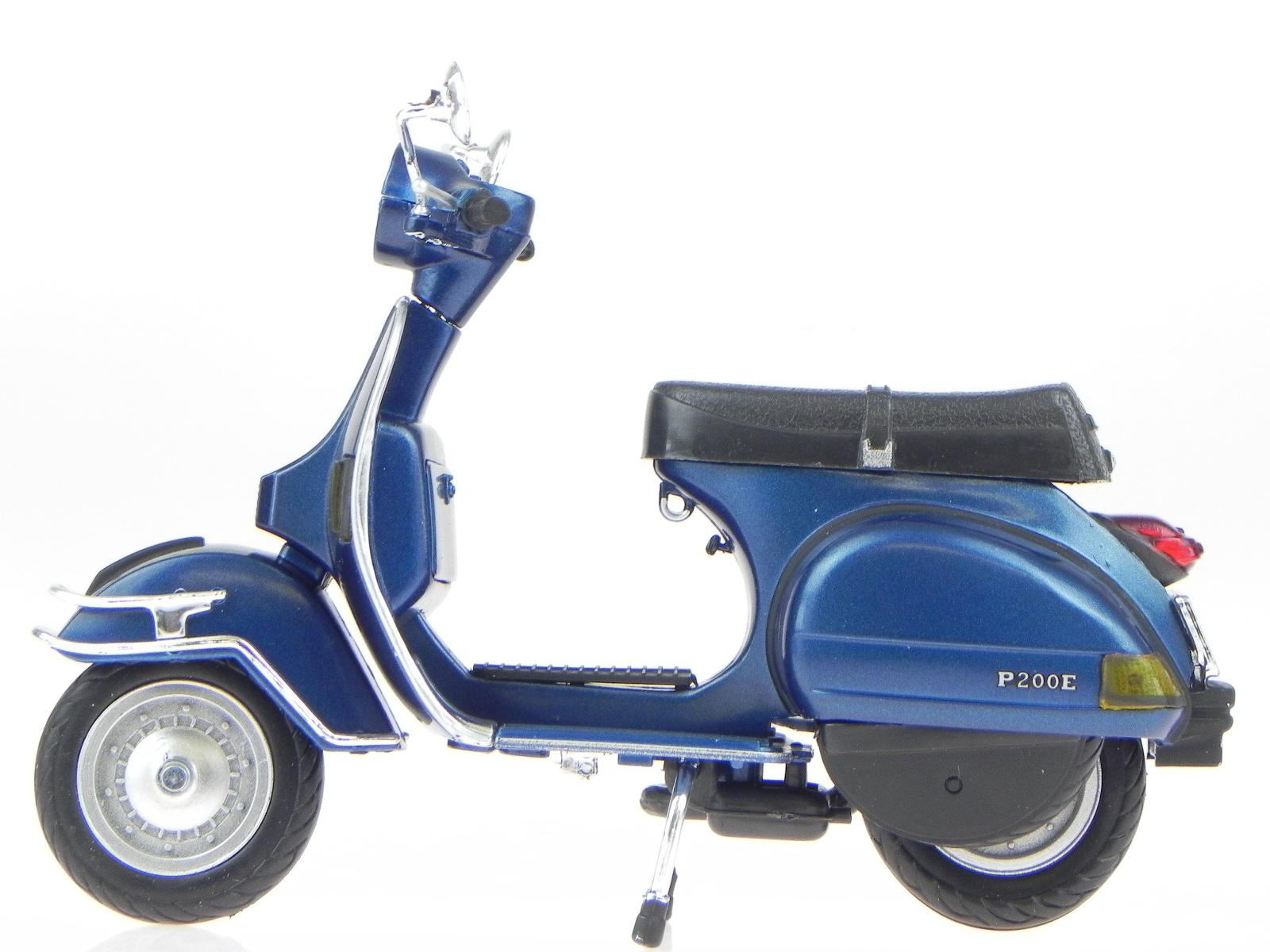 vespa p 200 e px 1978 blue metallic metall modell 42123 newray 1 12 4058124220565 ebay. Black Bedroom Furniture Sets. Home Design Ideas