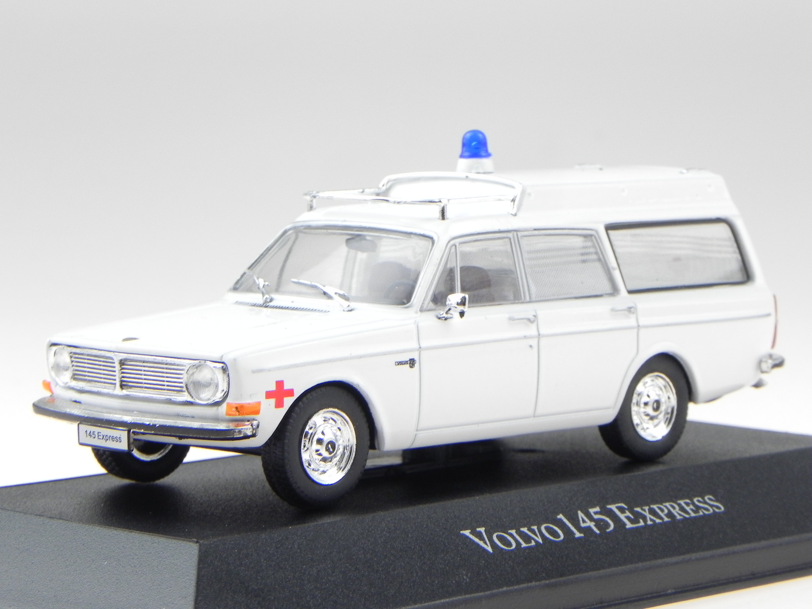 VOLVO 242 GT 1978 argento modello di auto 1:43//Triple 9