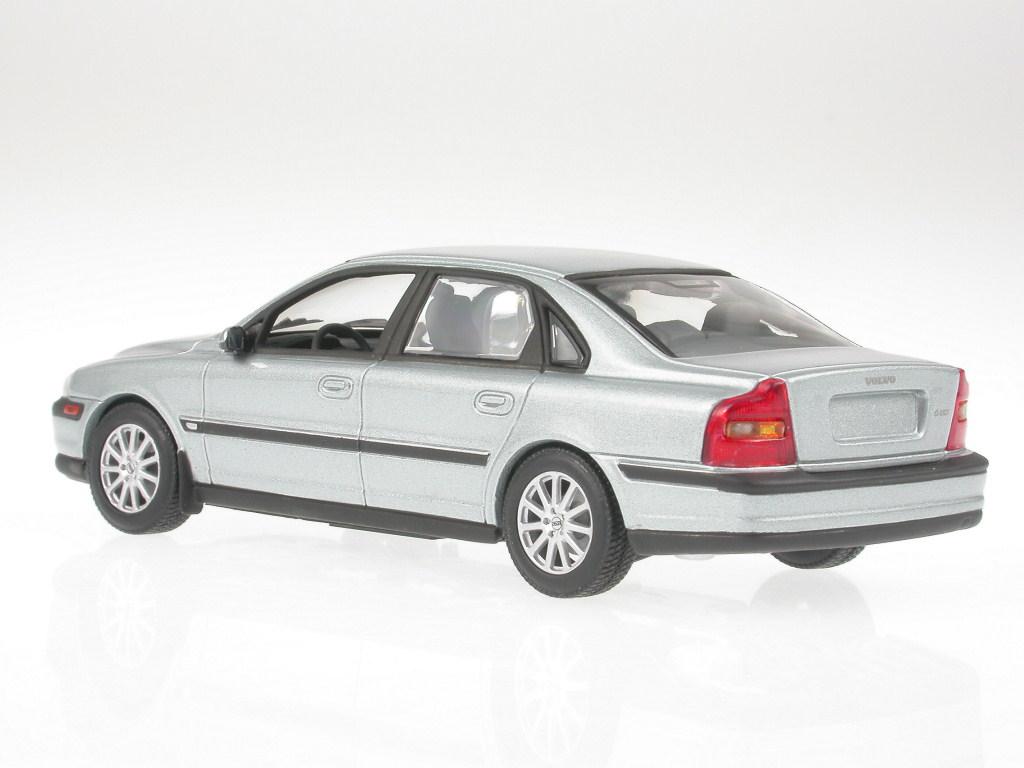 Generation Typ AS Limousine Weiss Ab 2006 mit Sockel und Vitrine .. Volvo S80 2