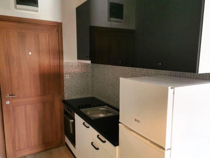 Izdaje se stan, namešten, Autokomanda, Beograd, Srbija