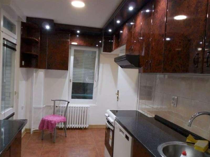Izdaje se stan, polunamešten, Novi Beograd(blok 24), Beograd, Srbija