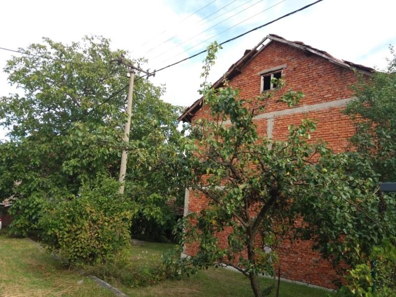 Kuca u Koricanima kod Kragujevca