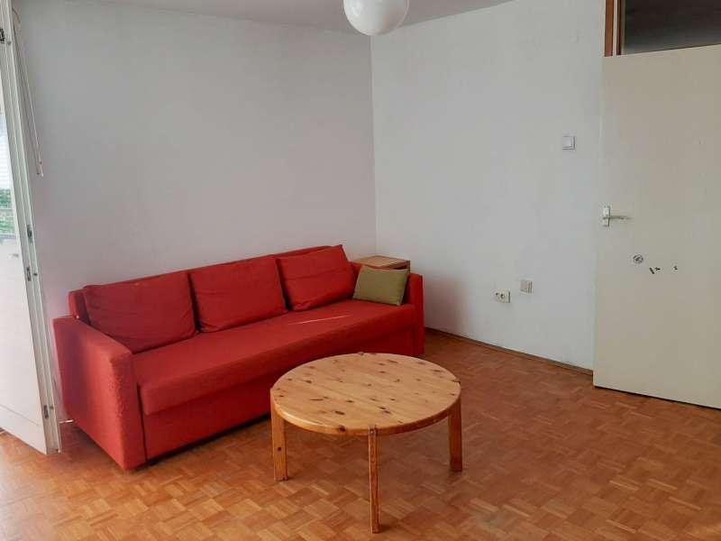Izdaje se stan, namešten, Novi Beograd(blok 28), Beograd, Srbija