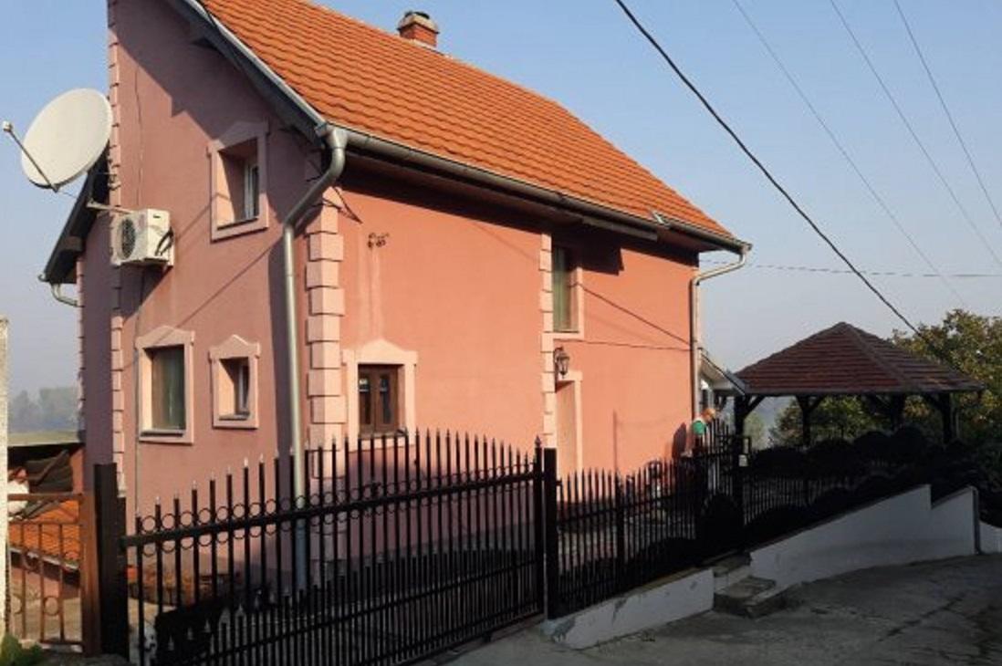 Kuca Smedrevo vikend naselje Jugovo
