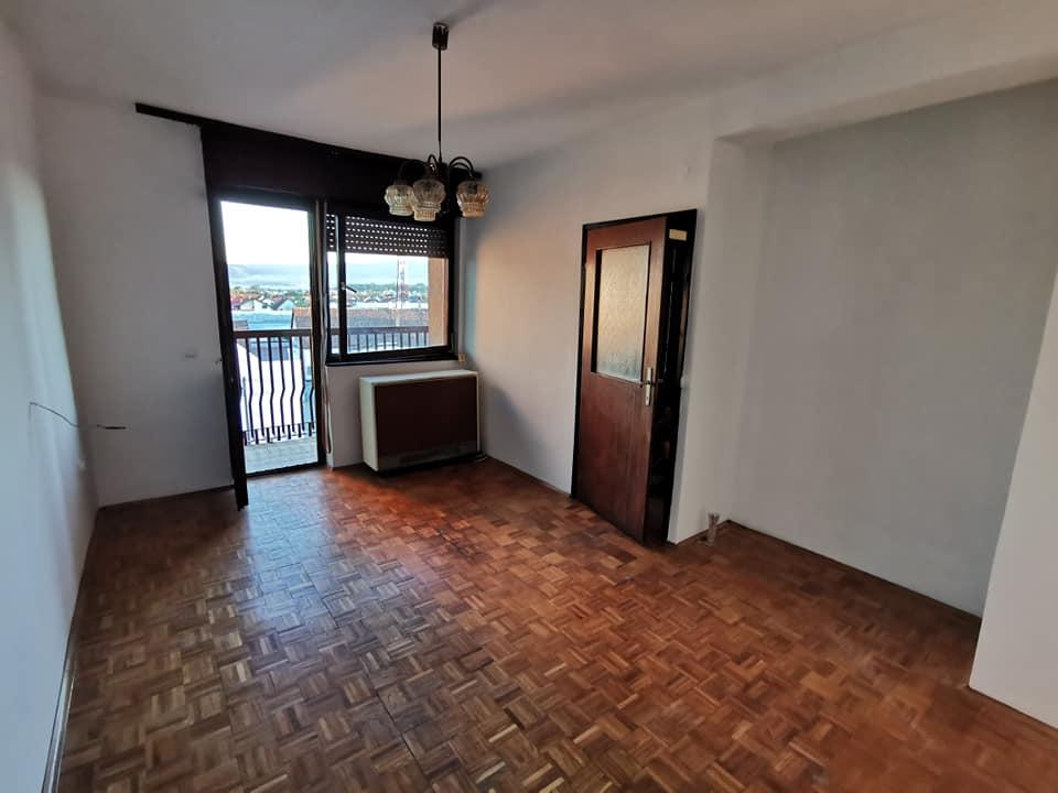 Prodajem jednosoban stan u centru Pozege 29m2 3 m2