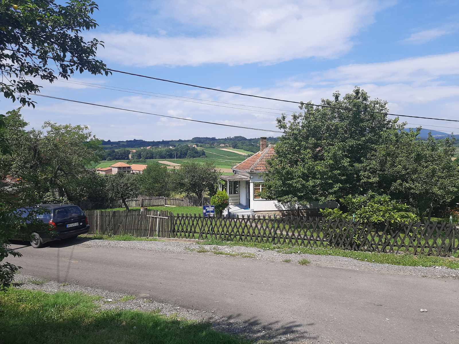Prodajem kucu u Mladenovcu 92m2 11 55ari placa