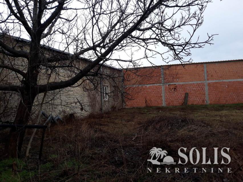 ŠIFRA: 3001256 Novi Sad, Podbara
