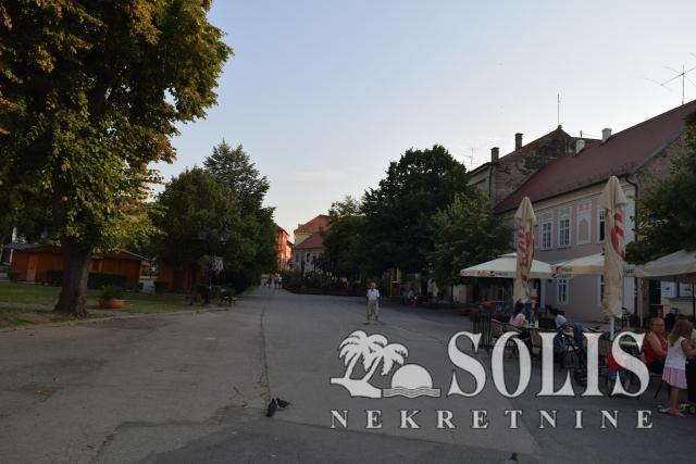 Šifra: 3001638 Sremski Karlovci - pešačka zona
