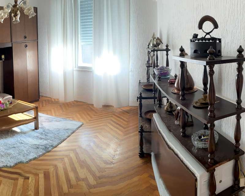 Izdaje se stan, namešten, Senjak, Beograd, Srbija