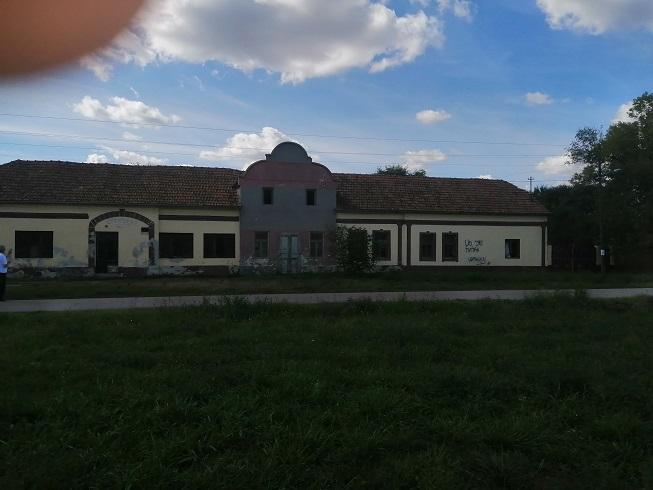 Prodajem kucu u Stepanovicevu