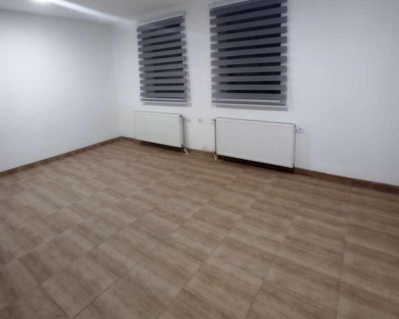 Izdaje se stan, prazan, Autokomanda, Beograd, Srbija