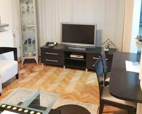 Izdaje se stan, namešten, Crveni Krst, Beograd, Srbija