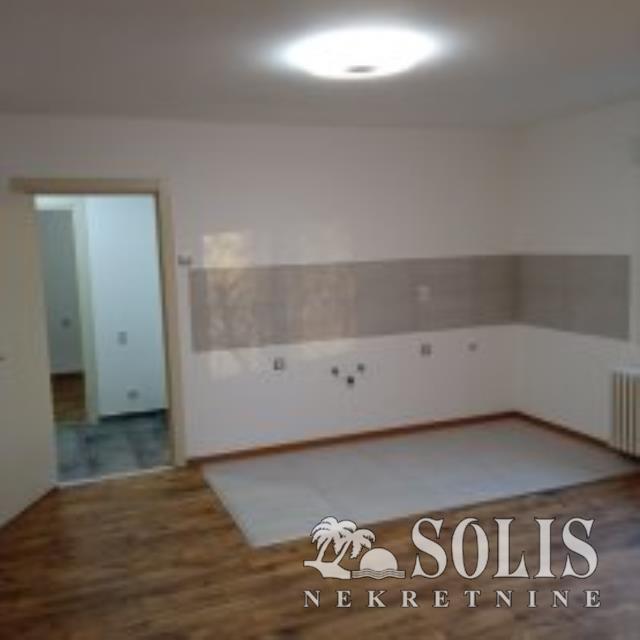 ŠIFRA:1040267 Prodaja stana Novi Sad SAJAM-DVOIPO