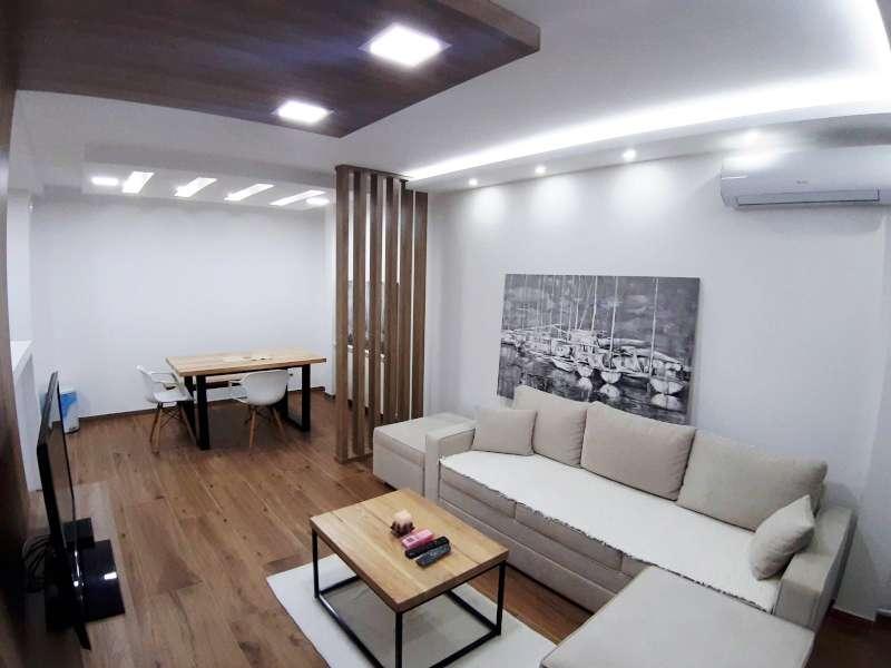 Izdaje se stan, namešten, Novi Beograd(blok 44), Beograd, Srbija