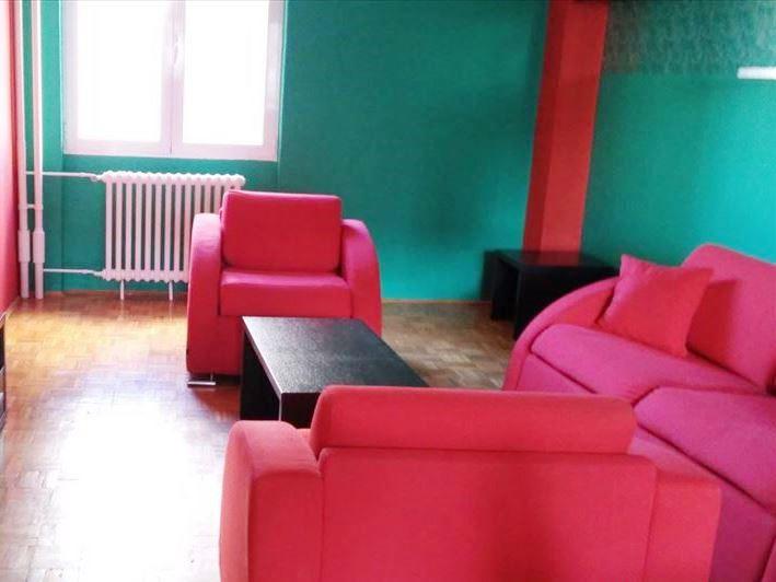 Izdaje se stan, polunamešten, Novi Beograd(blok 61), Beograd, Srbija