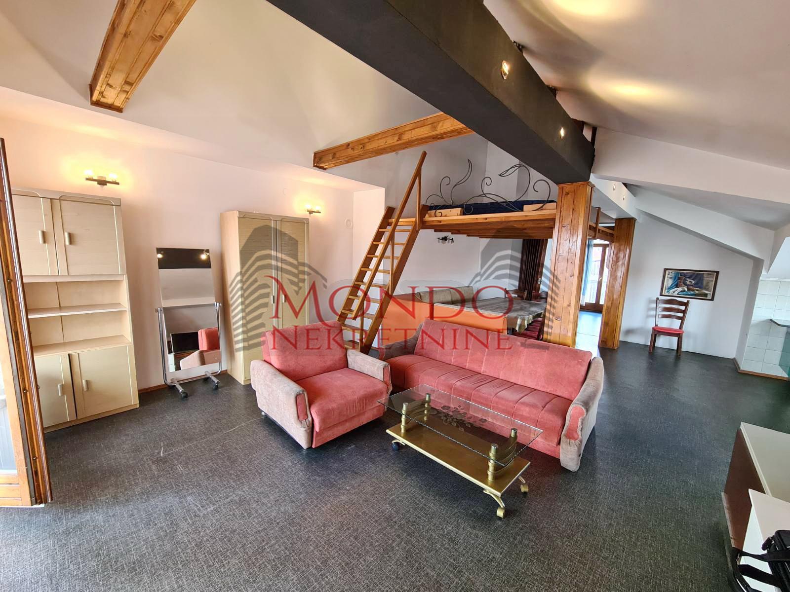 Izdaje se dvosoban stan u kuci sa posebnim ulazom  Duvaniste