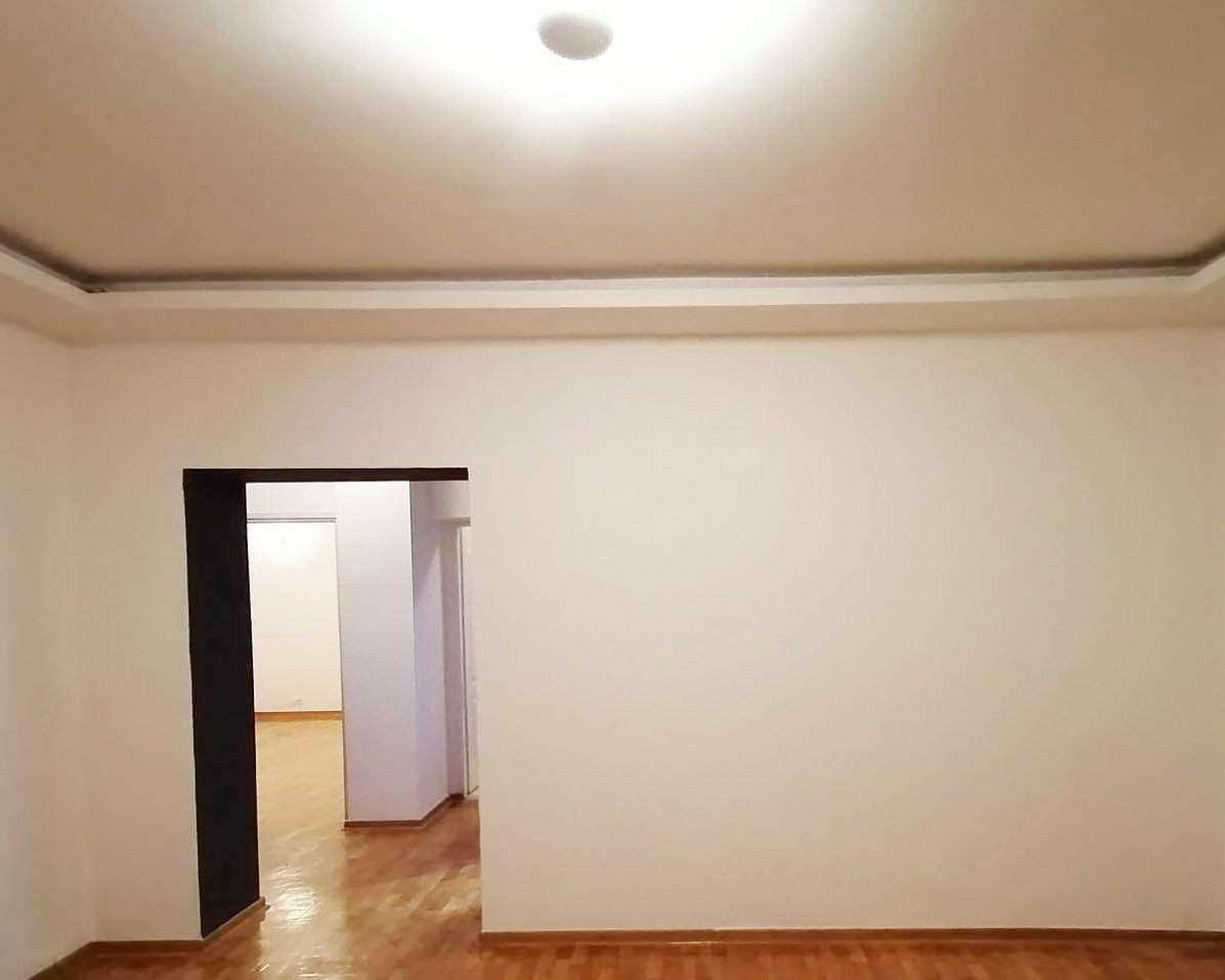Izdaje se stan, prazan, Dorćol, Beograd, Srbija