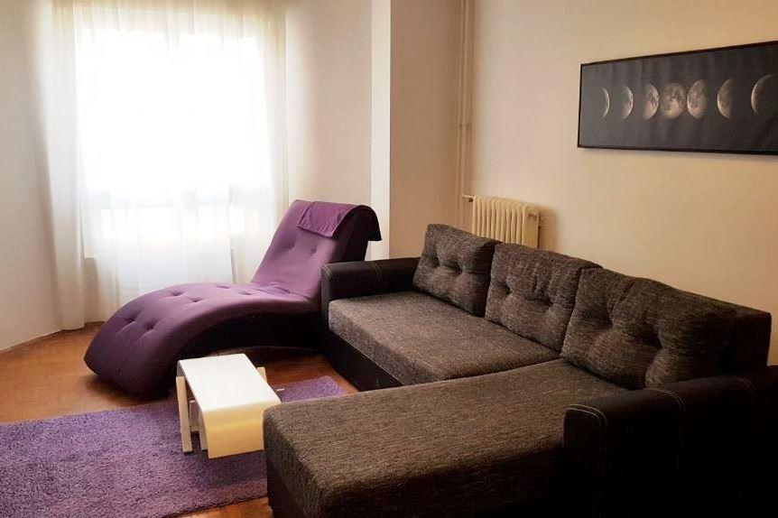 Izdaje se stan, namešten, Bežanijska kosa, Beograd, Srbija