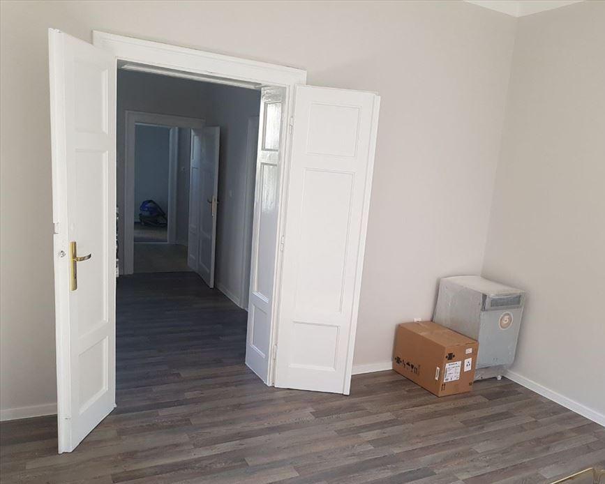 Izdaje se stan, prazan, Vračar, Beograd, Srbija