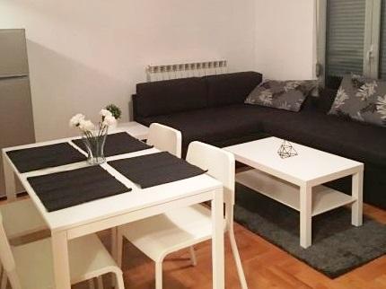 Izdaje se stan, namešten, Voždovac, Beograd, Srbija