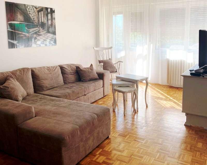 Izdaje se stan, namešten, Novi Beograd(Arena), Beograd, Srbija