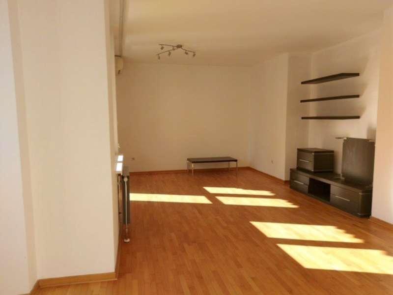 Izdaje se stan, polunamešten, Crveni Krst, Beograd, Srbija