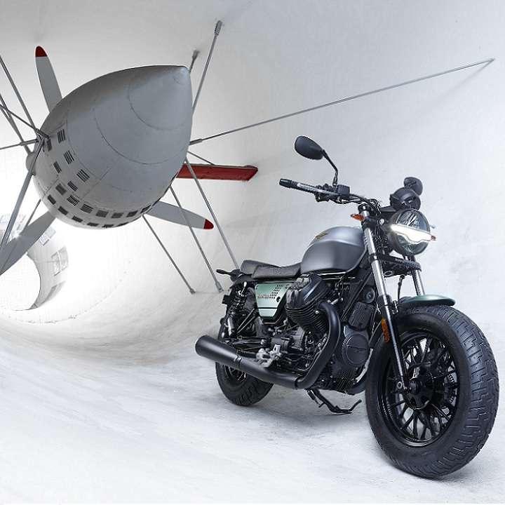 Moto Guzzi 720x720