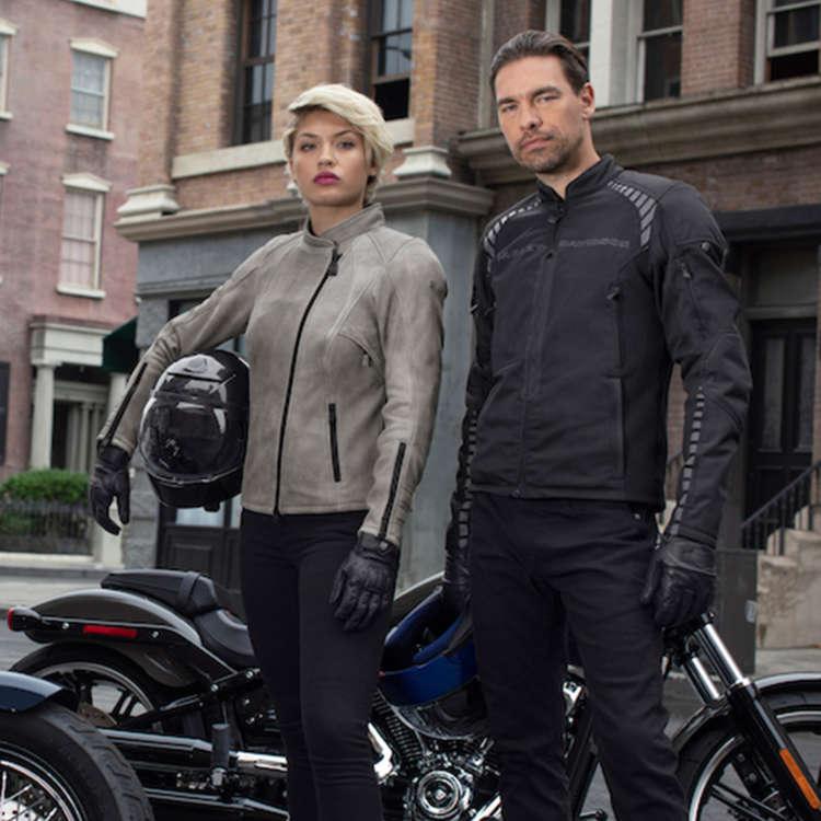 Harley Davidson Motorkleding & helmen - MotoPort Goes