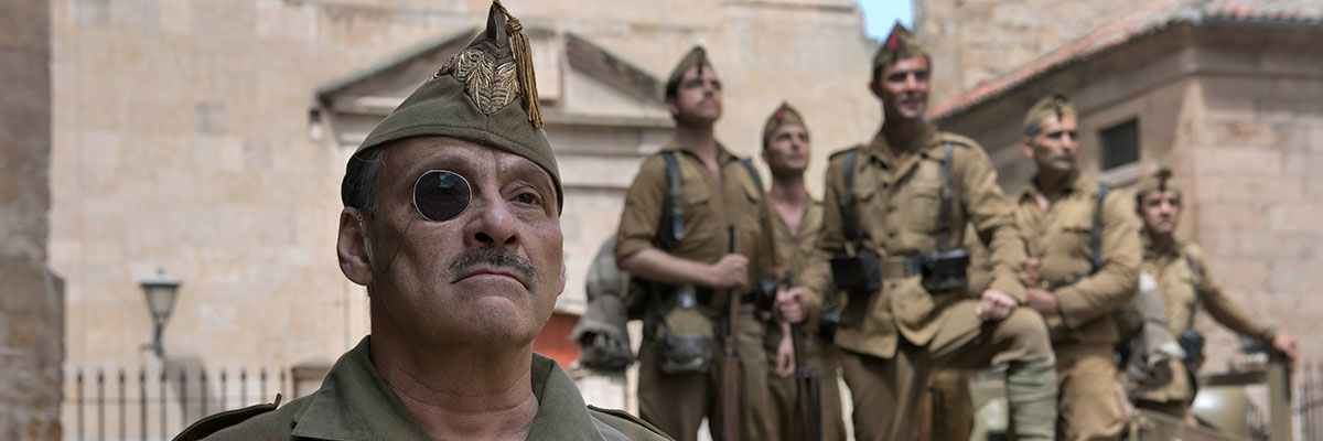 Eduard Fernández es Millán-Astray en 'Mientras dure la guerra' de Movistar+
