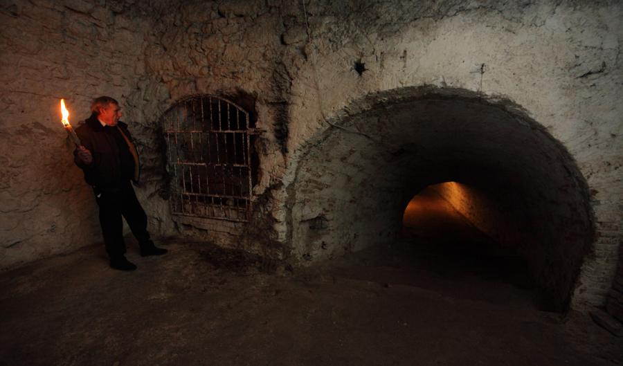 http://www.muemlekem.hu/images/magazin/20100319erdikastely/015.jpg