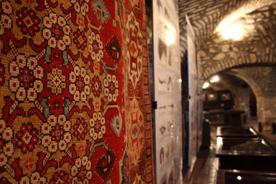 http://www.muemlekem.hu/images/magazin/20130426pecskiall/003.jpg